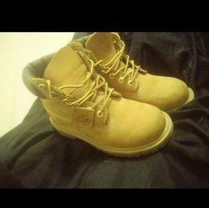 Children's timberland boots